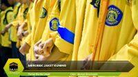 Merobek Jaket Kuning